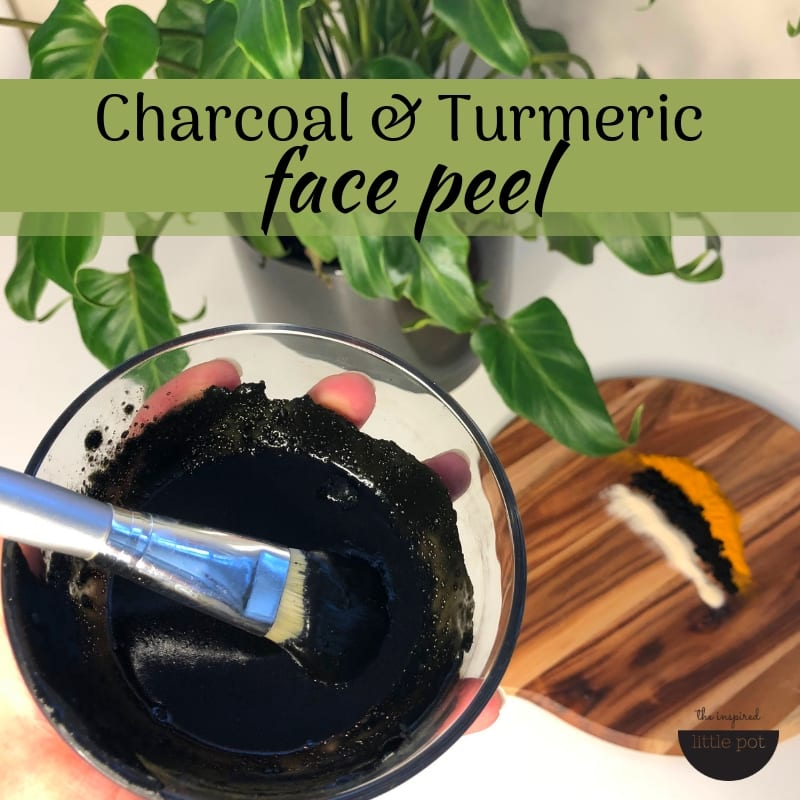 Charcoal & Turmeric Peelable Face Mask