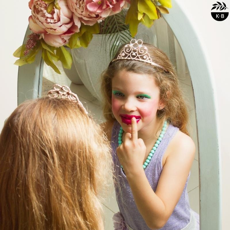 Mess-Around Make-Up For Kids